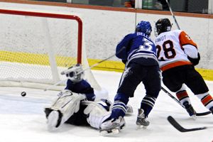 Favot Scores the Game-Winner. Photo by Angelo Lisuzzo.