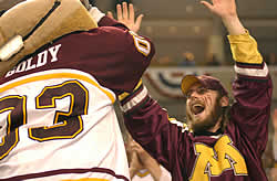 Goldy Gopher and fan celebrate (Photo:  Talya Arbisser)