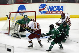 Kevin Ulanski (16) settles the puck seconds before scoring the game's first goal (photo: Melissa Wade).
