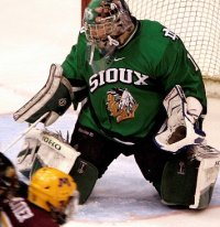 Sophomore Jordan Parise established himself as the Sioux starter late in the year (photo: John Dahl, Siouxsports.com)