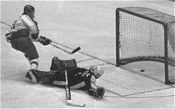 George Servinis scores the winning goal against Chris Terreri in the NCAA title game.
