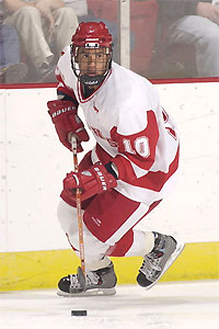 Robbie Earl scored some highlight-reel goals for the Badgers last season.