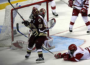 Fourth-line center Pat Gannon scores to give Boston College a 1-0 lead in the first period (photo: Melissa Wade).