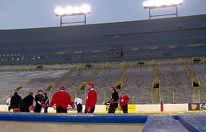 OSU practices Friday on the rink at Lambeau Field (photo: Todd D. Milewski).