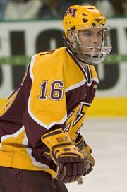 Hobey Baker finalist Ryan Potulny and the Gophers are looking to turn around last weekend's results (photos: Melissa Wade).