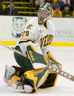 Joe Fallon will carry the load between the pipes for Kevin Sneddon's Catamounts (photo: Melissa Wade).