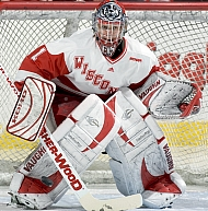 Brian Elliott looks to be back in form for the Badgers' Midwest Regional appearance.