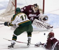 Jon Quick didn't allow a goal in his NCAA debut. (photo: Melissa Wade)