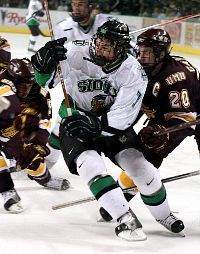 With talent and grit, T.J. Oshie helped the Fighting Sioux past Colorado College Saturday (photo: UND sports information).