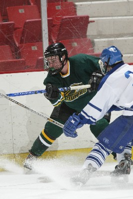 Skidmore forward Matt Czerkowicz looks to keep the Thoroughbreds on the fast track to the ECAC East semifinals against Salem State (photo: Tim Costello).
