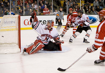 BU's Colin Wilson scores the final goal, and third Terrier shorthander, of the game to make it 5-2 (photo: Melissa Wade).
