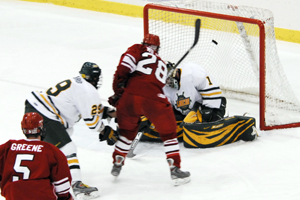 Plattsburgh's Joey Wilson (28) scores the game's first goal in the second period (photo: Angelo Lisuzzo).