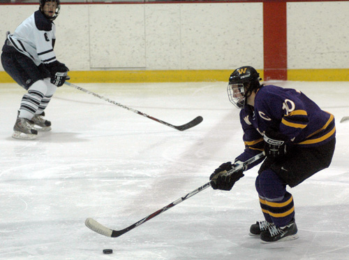 Williams senior forward Alex Smigelski has led the Ephs to a fast start in the NESCAC conference (photo: courtesy of Williams College).