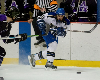 Senior Chris Lorenc leads the team in scoring and power-play goals as Hamilton looks to move up the NESCAC ladder (photo: Mike Doherty).