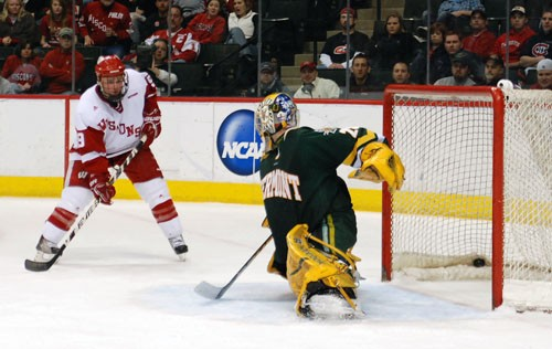 Wisconsin's Michael Davies watches Blake Geoffrion's second-period goal hit the net (photo: Tim Brule).