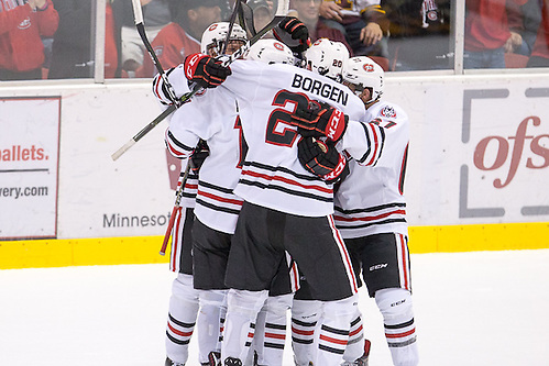 22 Oct 16:  The St. Cloud State University Huskies host the University of Minnesota in a non-conference matchup at the National Hockey Center in St. Cloud, MN. (Jim Rosvold/USCHO.com)