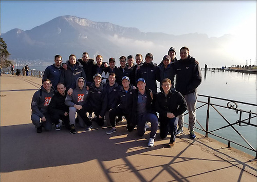 Hobart hockey team at Lac d'Annecy in France during trip over Christmas break. (Cooke, Paige/Andrew Mason)