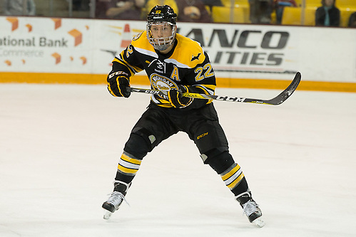 02 Oct 16:  Shane Hanna (Michigan Tech - 22). The University of Minnesota Duluth Bulldogs host the Michigan Technological University Huskies in a non-conference matchup at Amsoil Arena in Duluth, MN. (Jim Rosvold/USCHO.com)