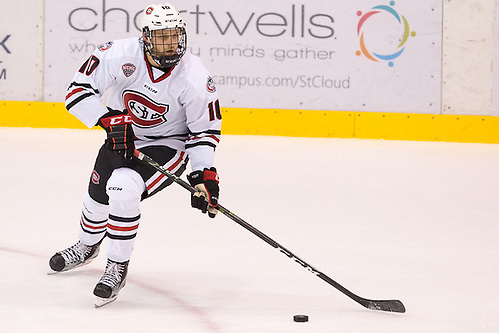 22 Oct 16:  Jon Lizotte (St. Cloud - 10). The St. Cloud State University Huskies host the University of Minnesota in a non-conference matchup at the National Hockey Center in St. Cloud, MN. (Jim Rosvold/USCHO.com)