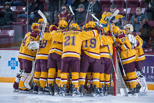 18 Nov 17:  The University of Minnesota Golden Gophers hosts the Harvard University Crimson in a non-conference matchup at 3M Arena at Mariucci in Minneapolis, MN. (Jim Rosvold/USCHO.com)
